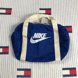 Vintage 80s Nike duffel gym bag